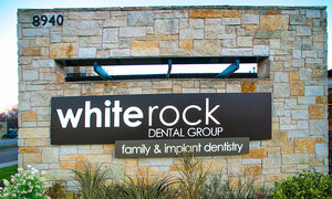 White Rock Dental Group - Outside
